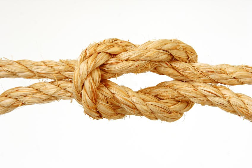 rope-tied-in-knot